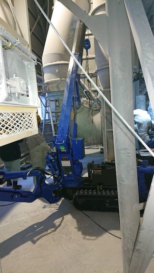 ブロワー整備工事に伴い風管脱着作業
